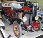 7 1918 Stanley steam car model 735.jpg